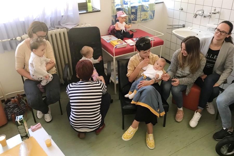 Nacionalni tjedan dojenja obilježen druženjem majki i beba u Domu zdravlja