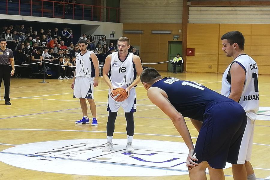 Đakovački košarkaši poraženi u Kaštelima