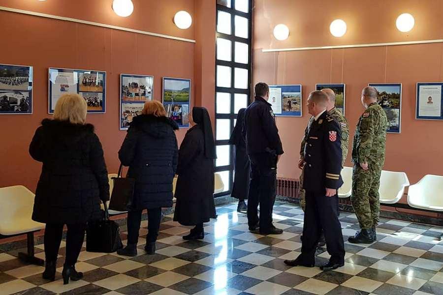 """U Centru za kulturu otvorena izložba """"Policija kroz fotografiju"""""""