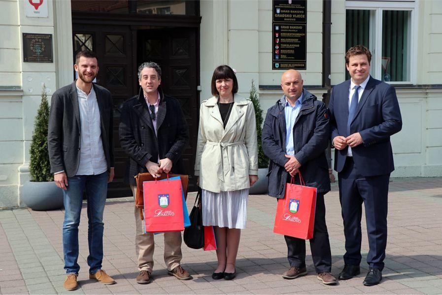 Zamjenik američkog konzula Gregory James Viola posjetio Grad Đakovo