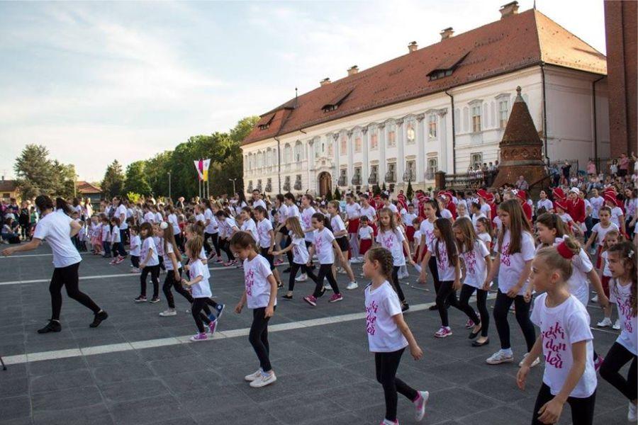 Svjetski dan plesa u Đakovu
