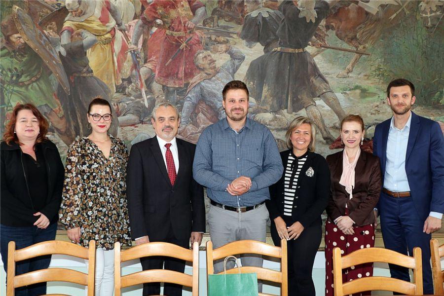 Slovački veleposlanik boravio jučer u Đakovu – njegova zemlja partner je 53. Đakovačkih vezova