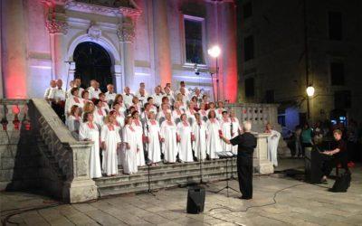 Nastup mješovitog zbora Libertas iz Dubrovnika u Hrvatskom domu u Đakovu – 11. svibnja 2019. godine u 20.00 sati