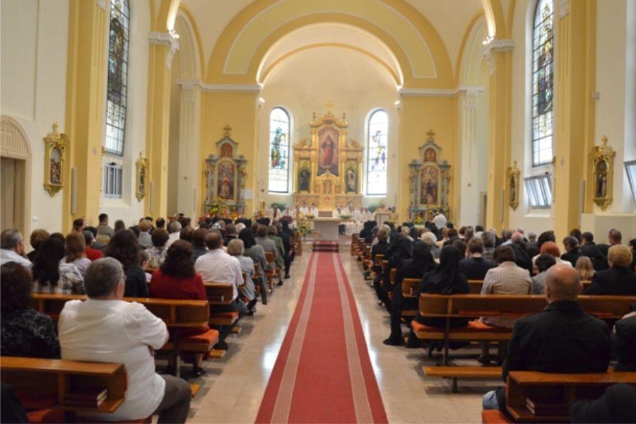 Proslava Zlatnih zavjeta 12 sestara sv. Križa