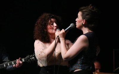 Nebeskim hvalospjevom sestre Posavec i njihovi gosti glazbenici razgalili srca publike