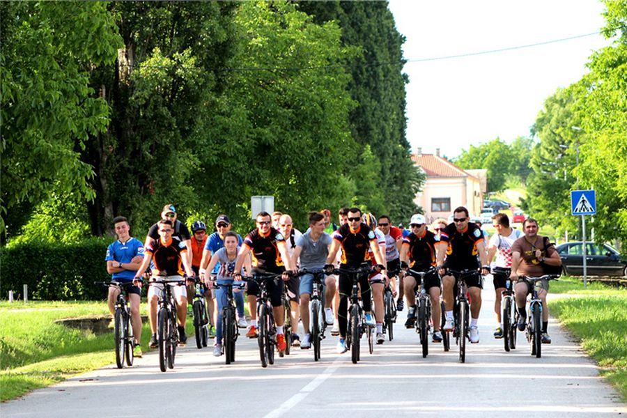 Dolazak njemačkih biciklista u grad Đakovo – 15. rujna 2019.
