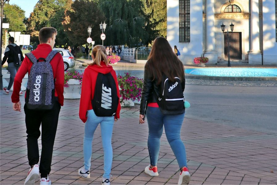Odluka o dodjeli jednokratne potpore učenicima srednjih škola