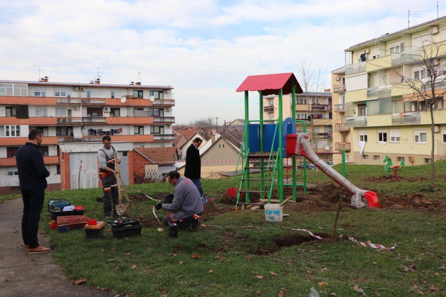 Postavljeno novo dječje igralište u Đakovu