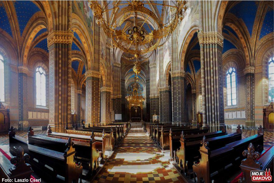 Prijenos misnog slavlja iz đakovačke katedrale