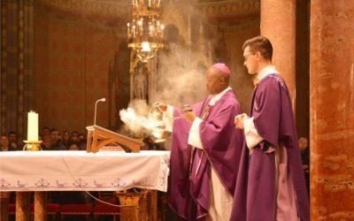 Misnim slavljima biskup Lyimo zaključio dvotjedni boravak u Đakovačko-osječkoj nadbiskupiji