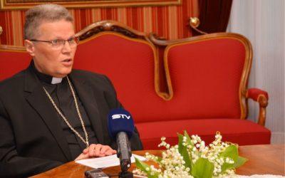 Nadbiskup Hranić o novim preporukama za vjerska okupljanja