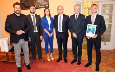 Potpisano osam ugovora vrijednih 100 milijuna kuna