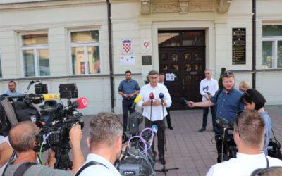 Predsjednik Vlade RH Andrej Plenković posjetio Đakovo