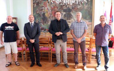 Gradonačelnik Mandarić  ugostio predsjednika Hrvatskog karate saveza Davora Cipeka