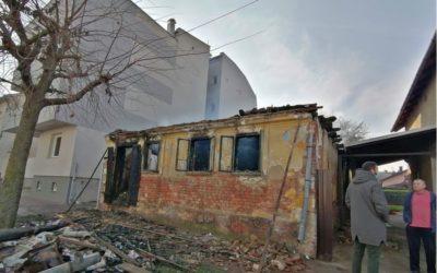 Požar progutao kuću 83-godišnje starice; Grad ponudio pomoć