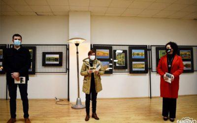 """[FOTOGALERIJA] Otvorenje 26. samostalne izložbe fotografija Silvije Butković: """"SLAVONIJO, ZEMLJO MED VODAMA"""""""