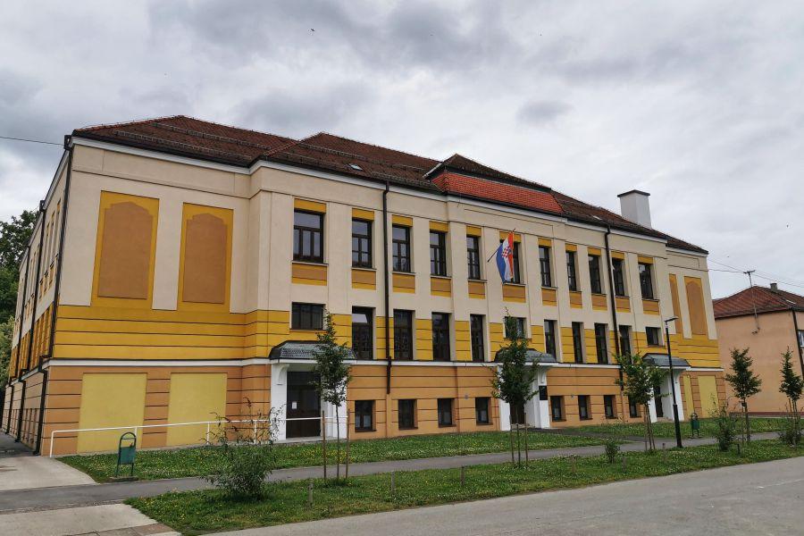 "Osnovna škola ""Vladimir Nazor"", Foto: Moje Đakovo"
