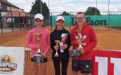 Sjajan vikend đakovačkih tenisača i tenisačica u svim kategorijama