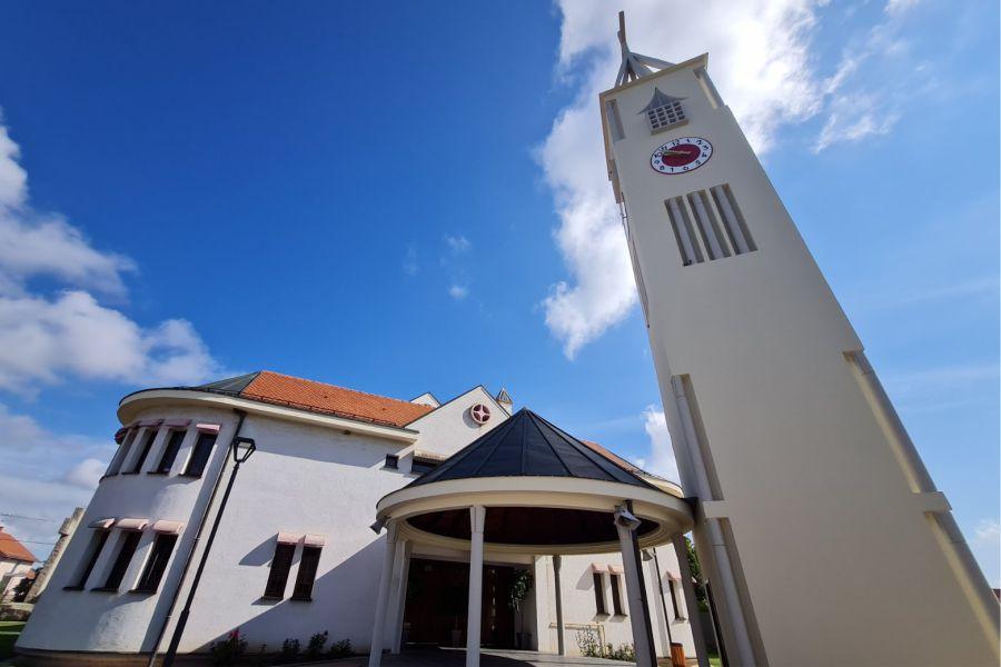 Zvonik župne crkve Dobrog Pastira_Foto_Moje Đakovo