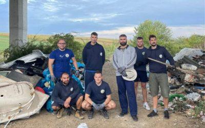 Volonteri iz prirode iznijeli tone smeća, od odbačenih kada, do starog namještaja