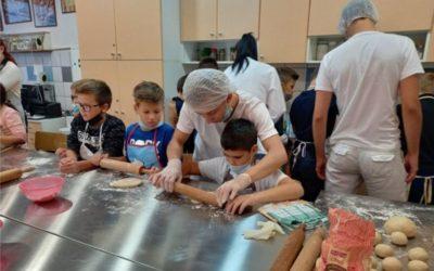 Strukovnjaci učili Ćolnićevce pripremati zdrave obroke